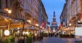 Platz in Mailand